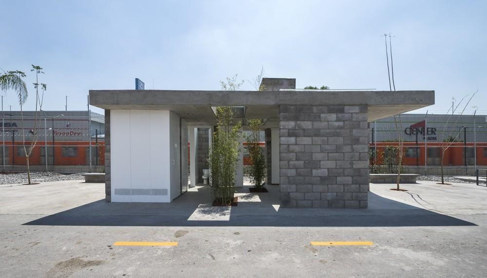 Building 6 Garden City Office Park