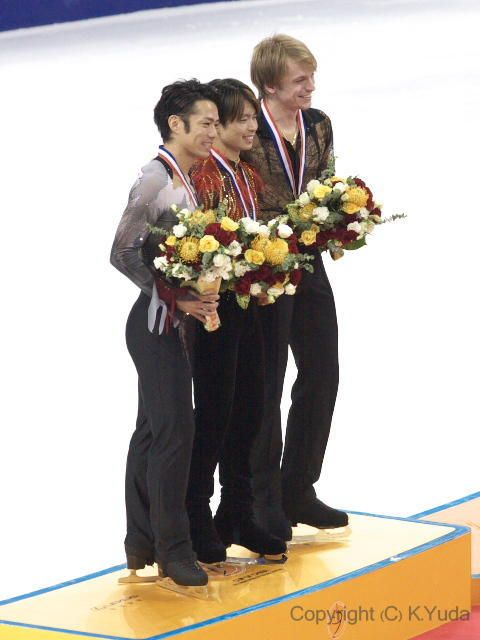 With Tatsuki Machida(JAPAN) and Sergei Voronov (RUSSIA) Medal Ceremony : Cup of China 2012