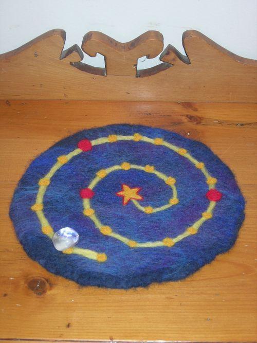 advent spiral mat filzen winter und weihnachten. Black Bedroom Furniture Sets. Home Design Ideas