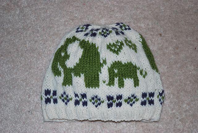 Ókeypis uppskrift á Ravelry Ravelry: elephant hat pattern ...