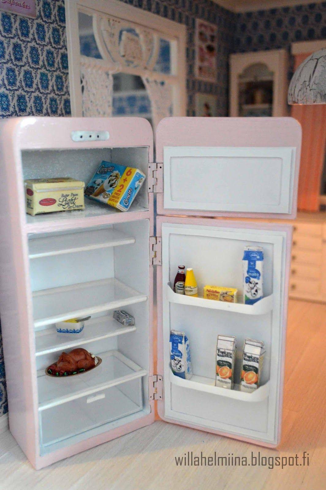 Pikkuprinsessan nukkekoti Willa Helmiina/Dollhouse to my little Princess: Smeg jääkaappi-pakastin...