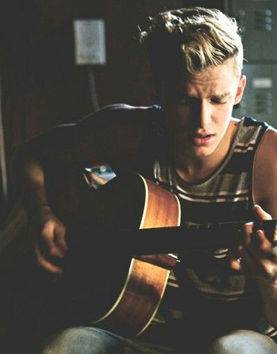 Want someone to play the guitar to me