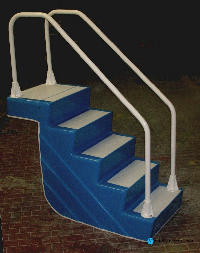 Swimming pool stair swimming pool ladders stairs for Above ground pool ladder ideas
