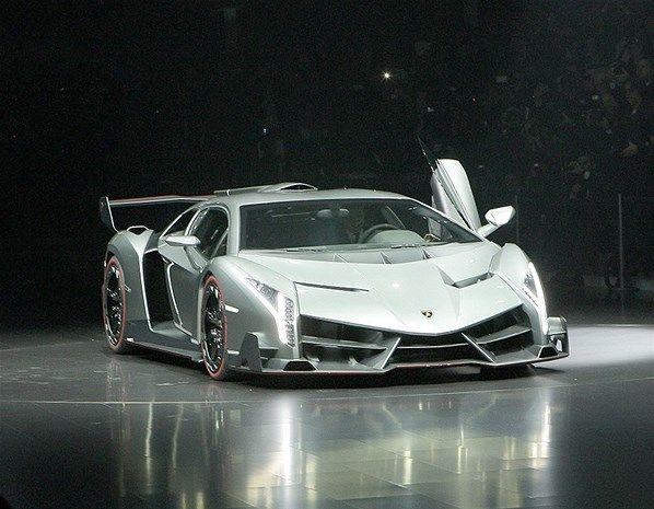 Lamborghini Veneno / 2013