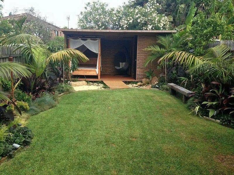 Balinese garden northern beaches sydney tropical garden for Balinese garden design