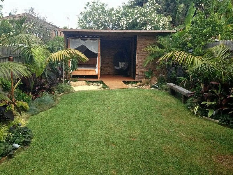 Balinese garden northern beaches sydney tropical garden for Bali landscape design