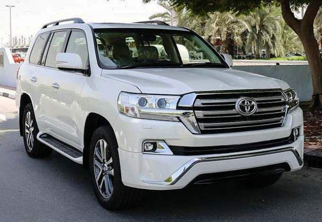 2019 Toyota Land Cruiser Hybrid Concept Land Cruiser Toyota Suv Toyota Land Cruiser
