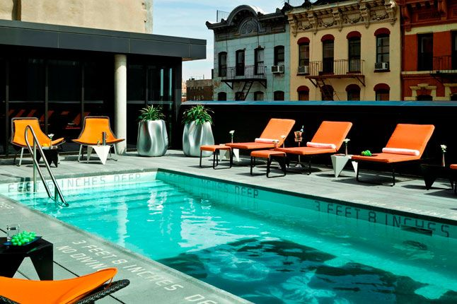 Thompson Les Hotel S Rooftop Pool In New York City