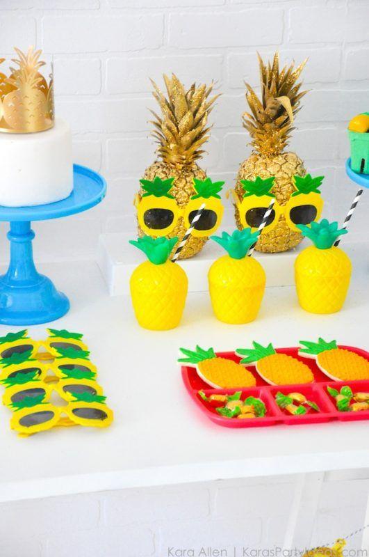 Fiesta de la pi a para ni os baby shower santiago for Centros de mesa con pinas