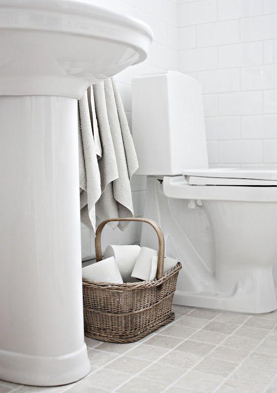 Ljust kakel badrum pinterest bathroom inspo for Bathroom inspo