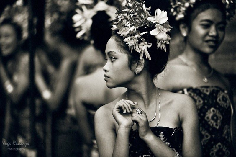 The Faces Of Indonesia People Black White Bali Girls