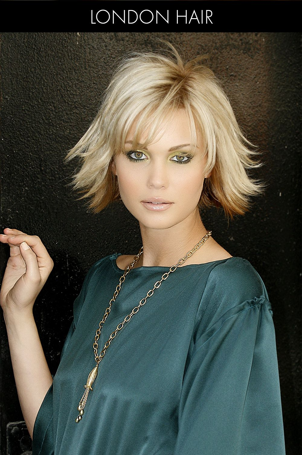 30 best short hairstyles for thin hair to look cute wavy