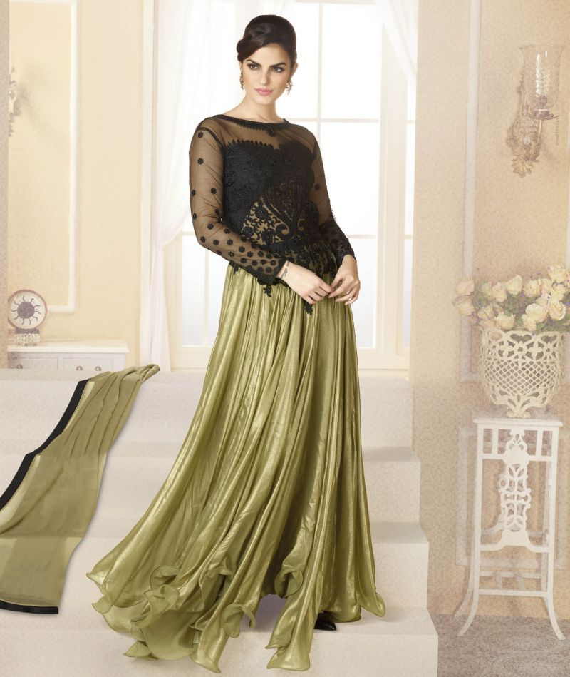 Wholesale newest #DesignerGowns collections with gorgeous embroidery work and fancy style. Register wholesale suppliers and sellers. www.addsharesale.com