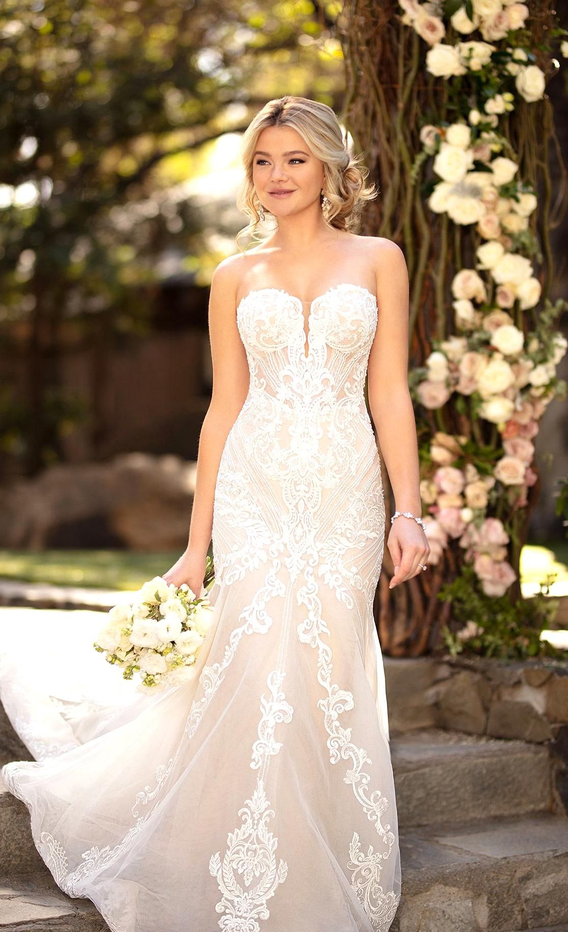 47++ Sweetheart lace wedding dress fit and flare information