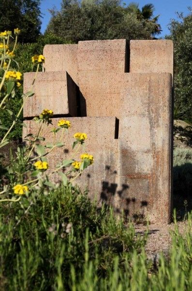 Marañon Y Longoria Estudio De Arquitectura / Jardín Cigarral De Menores,  Toledo (escultura: