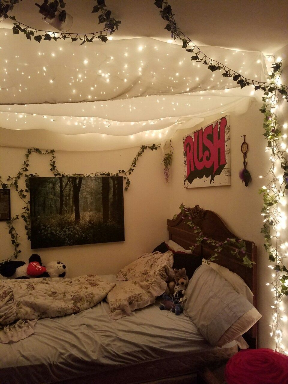 The Witchy Aesthetic The Seedling Witch So Like My Room Is Hella Aesthetic Bedroom Bedroom Design Cozy Room