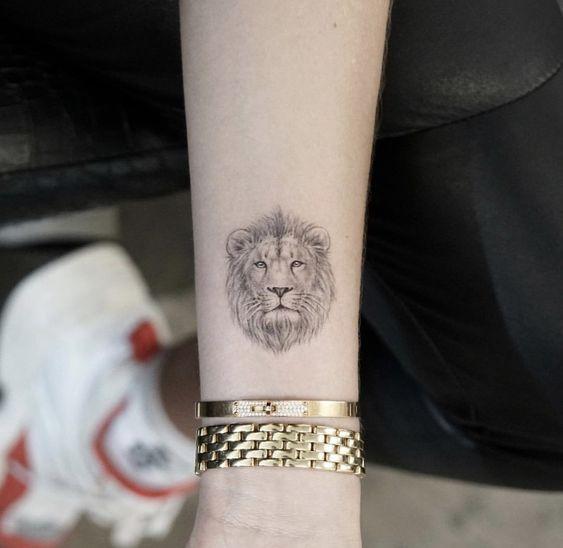 , #fotos #frauen #für #ideen #Lion #lion tattoo, My Tattoo Blog 2020, My Tattoo Blog 2020