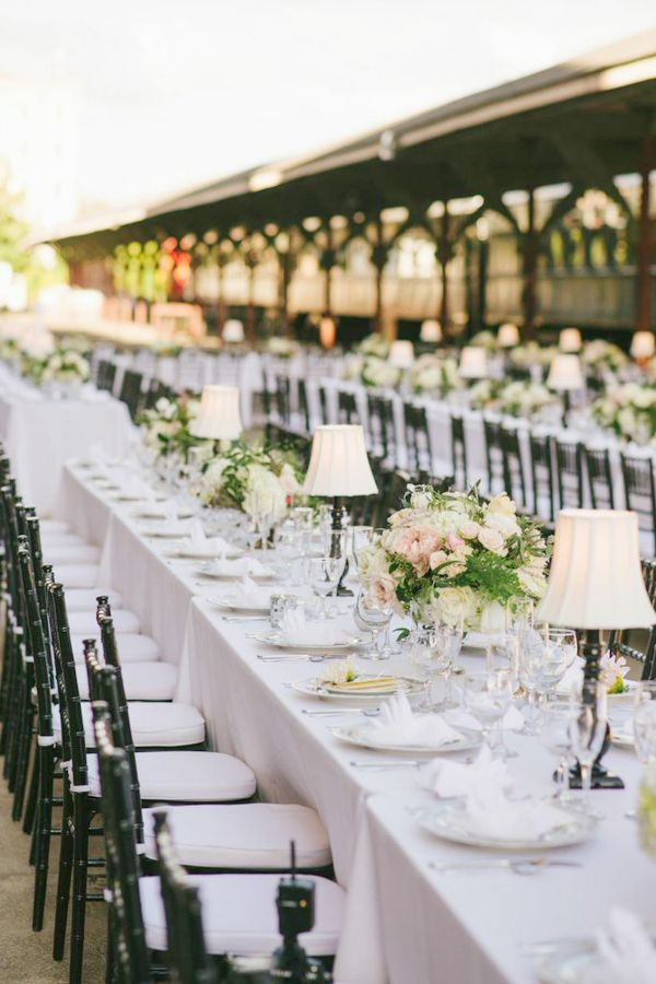 A Midsummer Night S Dream Inspired Knoxville Wedding At The Cherokee Country Club Modwedding Knoxville Wedding Midsummer Nights Dream Wedding Indoor Wedding