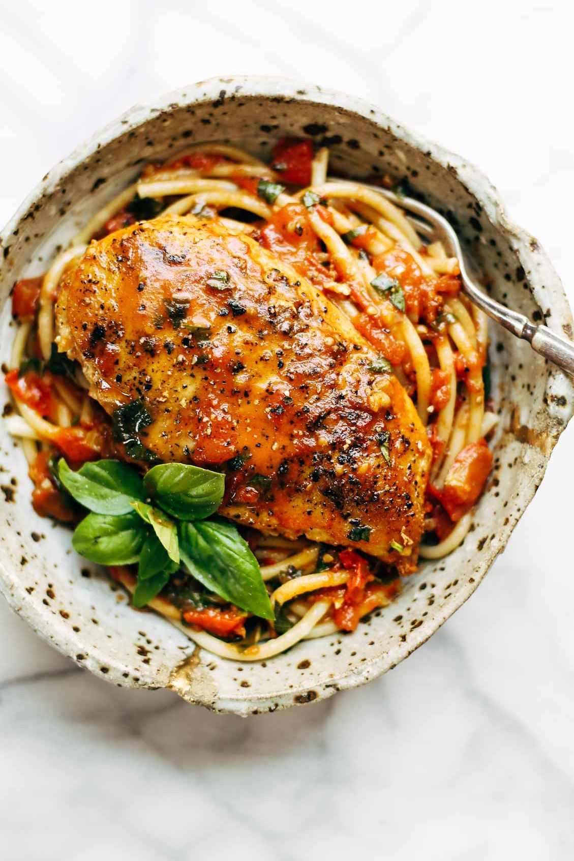 Garlic basil chicken with tomato butter sauce recipe garlic garlic basil chicken with tomato butter sauce noodle recipessauce recipesreal food forumfinder Image collections