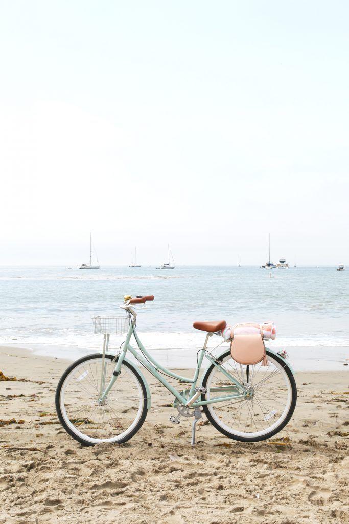 How to Make DIY Pannier Bags for Your Bike. #pannierbags #bike #diy #purses