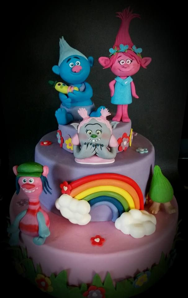 trolls cake le mie torte e creazioni in pasta di zucchero pinterest m dchen torte kuchen. Black Bedroom Furniture Sets. Home Design Ideas