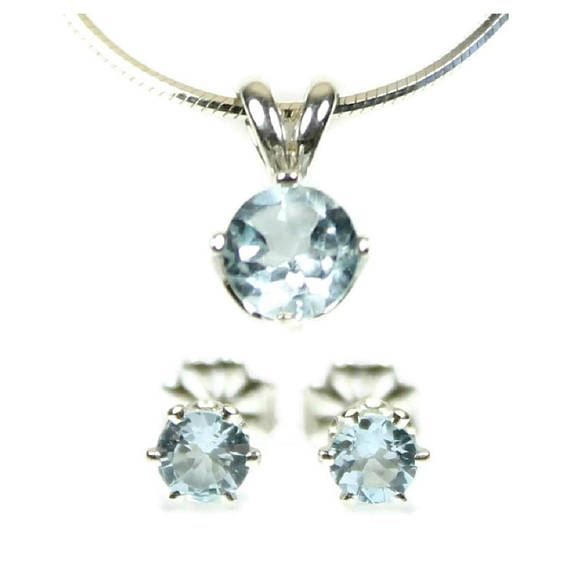 Sky blue topaz jewelry set small stud earrings large pendant sky blue topaz jewelry set small stud earrings large pendant necklace sterling silver blue topaz earrings and necklace november birthstone 58 free aloadofball Image collections