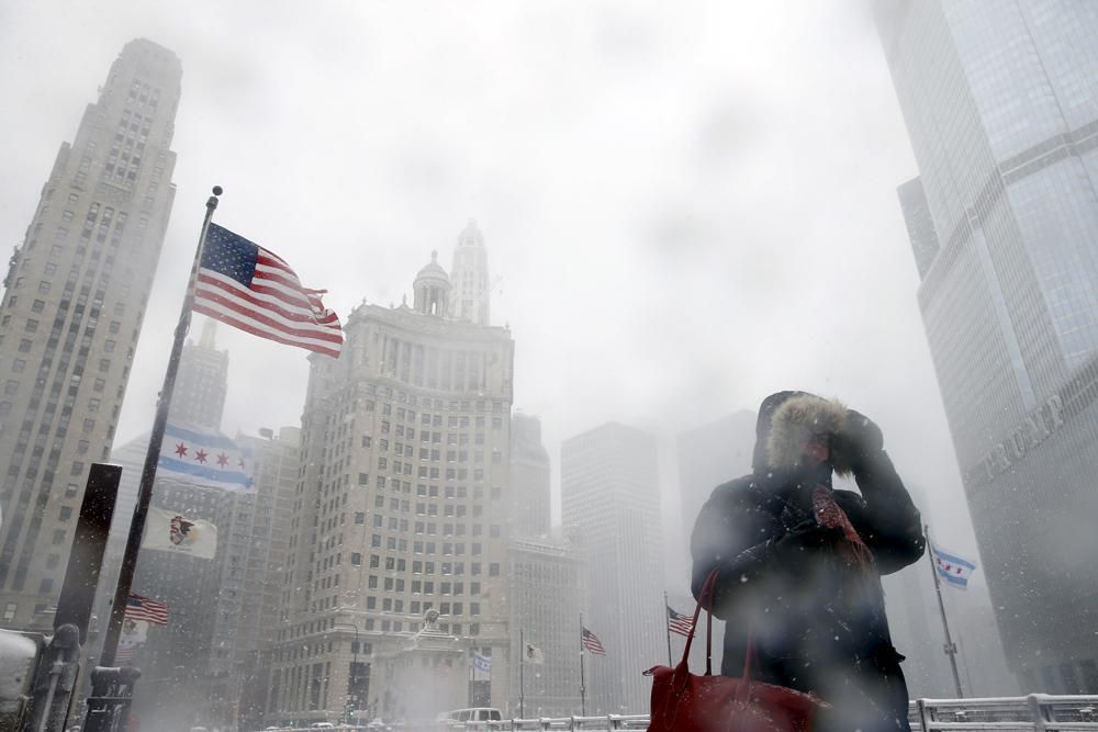 Fiocchi di primavera Durante una tempesta di neve a Chicago, negli Stati Uniti. http://www.internazionale.it/notizie/2015/03/24/fiocchi-di-primavera…