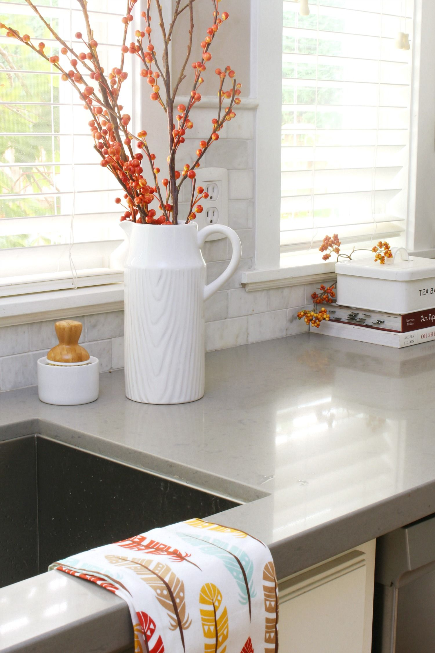 Easy fall kitchen decorating ideas home decor autumn