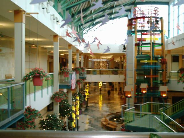 south bend indiana downtown pictures | Scottsdale Mall (Erskine Village); South Bend, Indiana - Labelscar ...