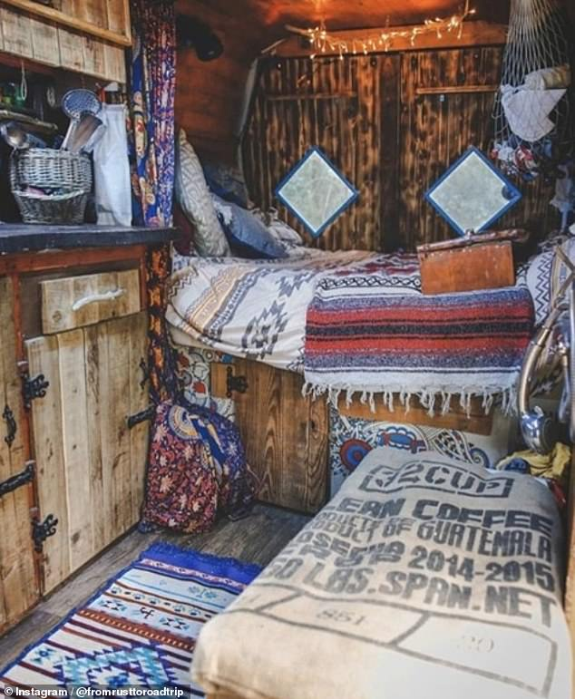 Photo of Globe-trotters unveil converted vans which have been turned into homes