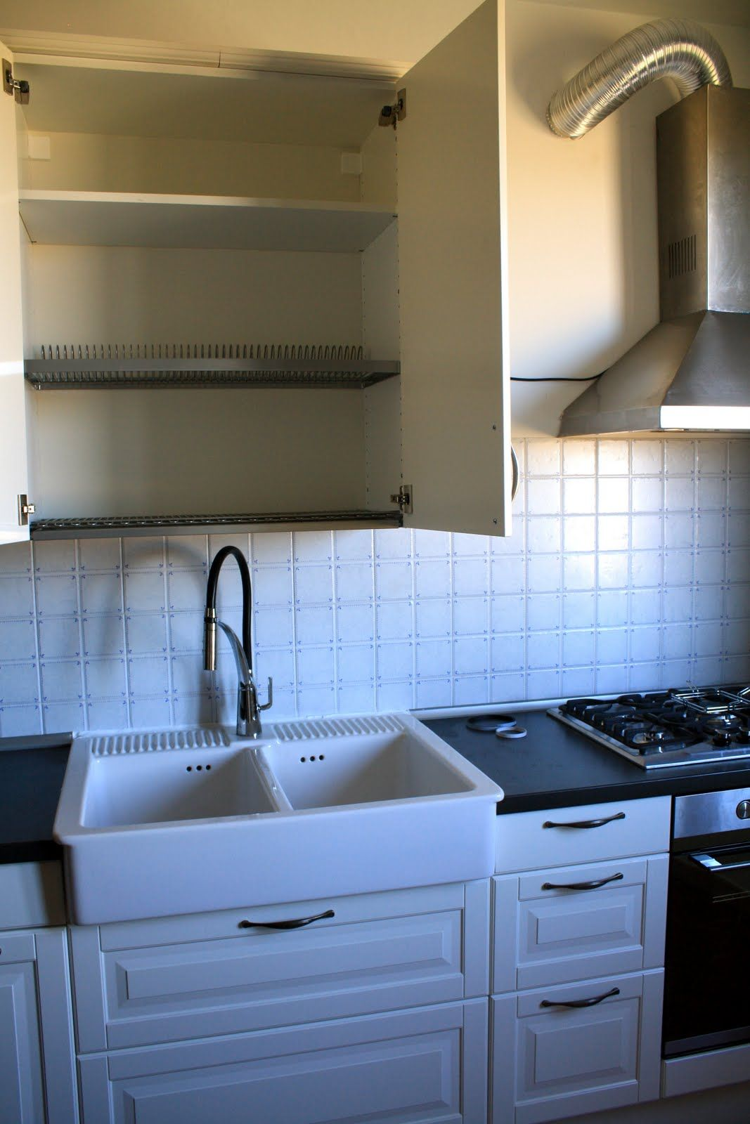 Making Room Our Life In Sicily Finally Our House Kitchen Design European Home Decor Drying Rack Kitchen