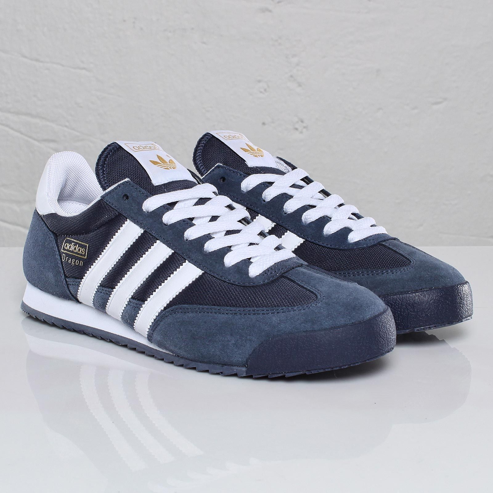 best sneakers 51c26 66f3c adidas Dragon Lincoln, Zapatos Shoes, Shoes Sneakers, Suede Shoes, Adidas  Retro,