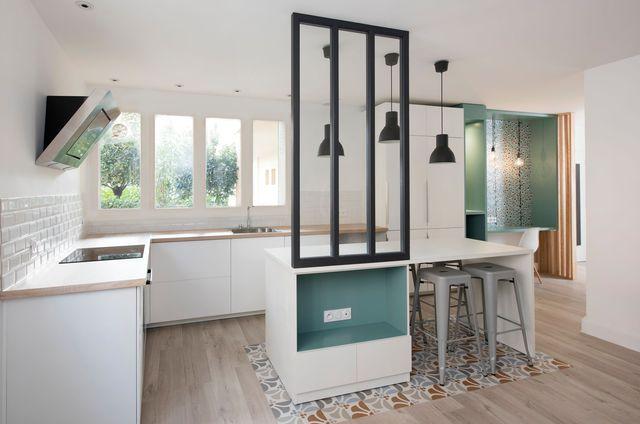 cuisine carreaux ciment 12 photos de cuisines tendance inspiration d co par c t maison. Black Bedroom Furniture Sets. Home Design Ideas