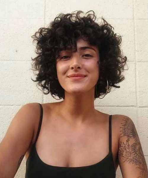 Sensational Short Curly Hairstyles 2020 That Will Brighten Your Day Trendy Hairstyles In 2020 Curly Hair Styles Short Curly Hair Messy Bob Hairstyles