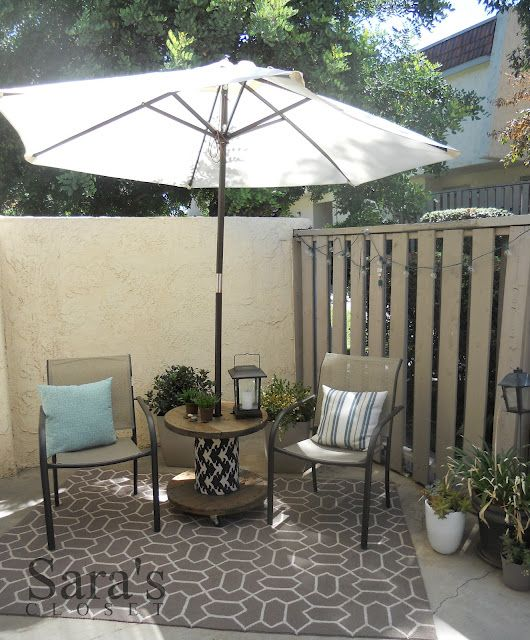 Link up with me liz marie 18 spool tables patios and for Outdoor tables made out of wooden wire spools