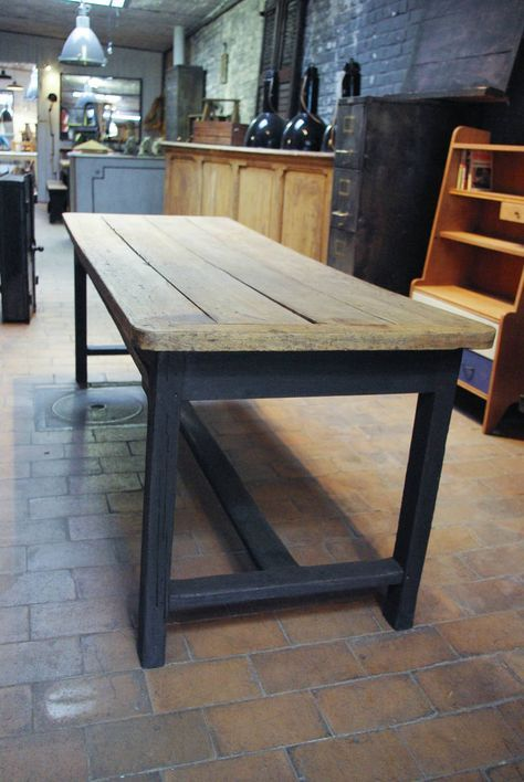 Ancienne Table De Ferme En Chene Par Le Marchand D Oublis Table De Ferme Table Salle A Manger Salle A Manger Bois