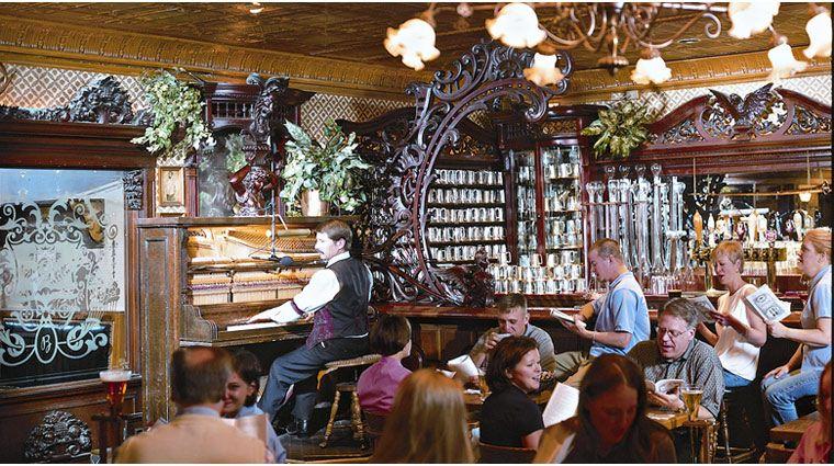 Best Bar In Colorado Golden Bee At The Broadmoor