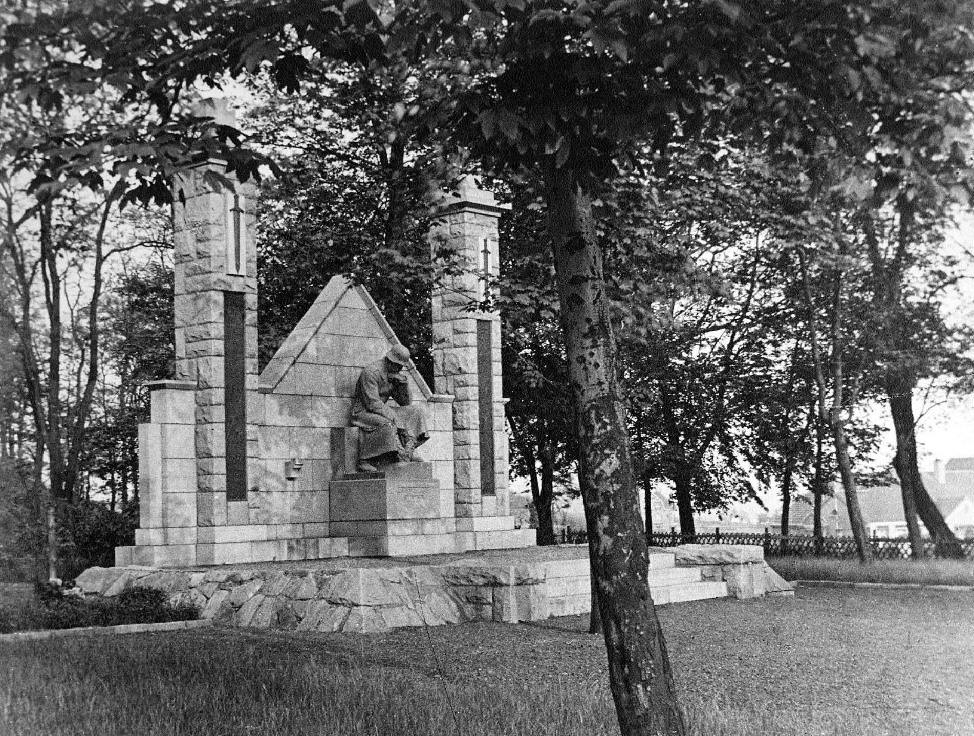 Kriegerdenkmal, 30er Jahre, Herdecke (mit Bildern