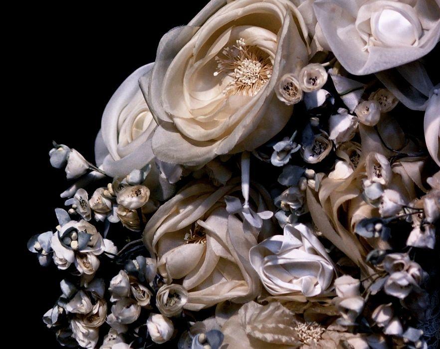 Hillenius Couture #asseccoires #Hillenius #silk #flowers #fabric #handmade