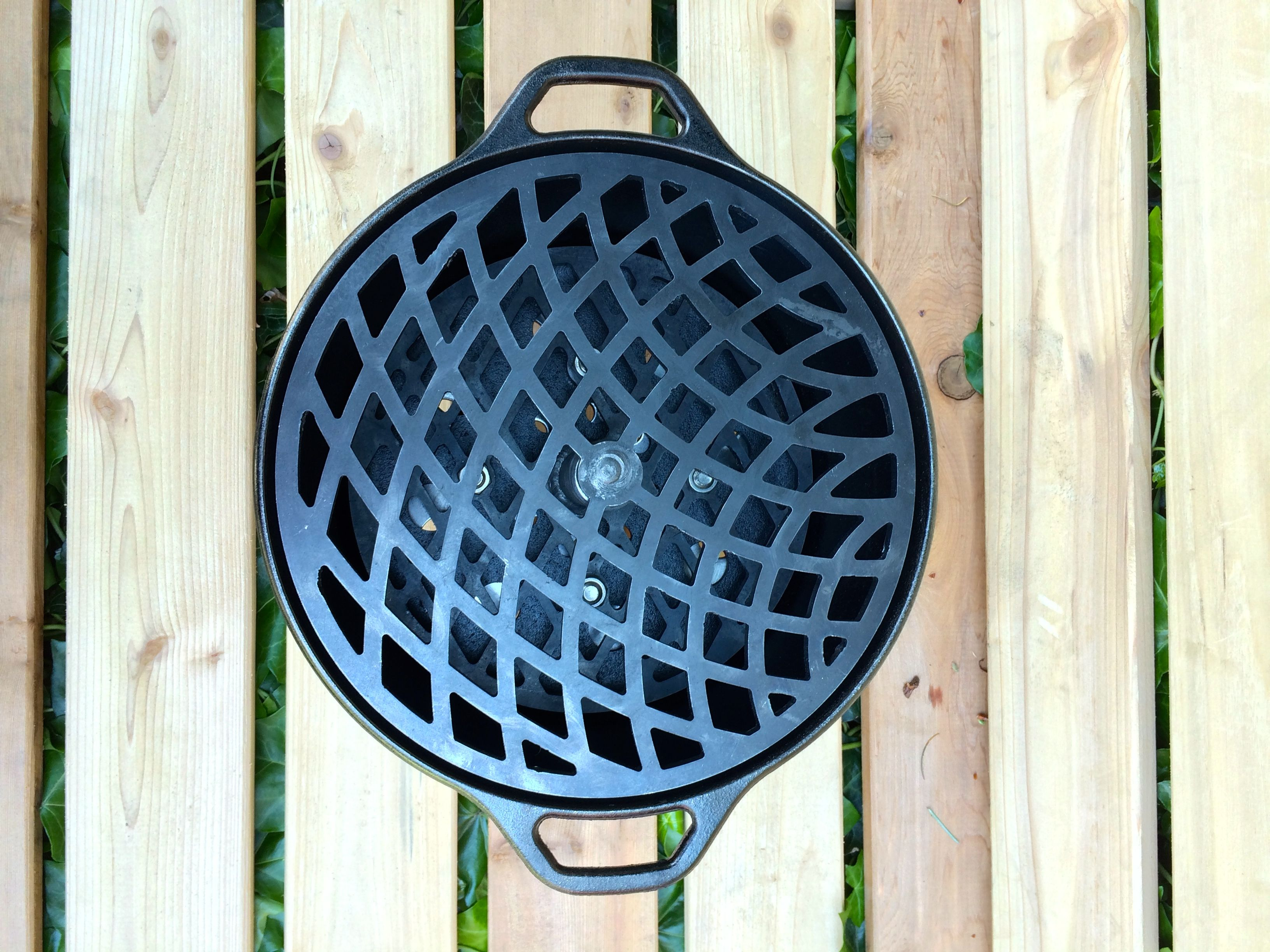 Https://www.etsy.com/listing/193970523/compact Cast Iron Table Top Grill?refu003dshop_home_active_1  #castiron #bbq #charcoal #hibachi #tabletop | Pinterest | U2026