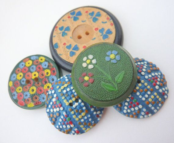 5 x Painted Vintage Wooden Buttons With Flowers by LoveButtons, £10.00