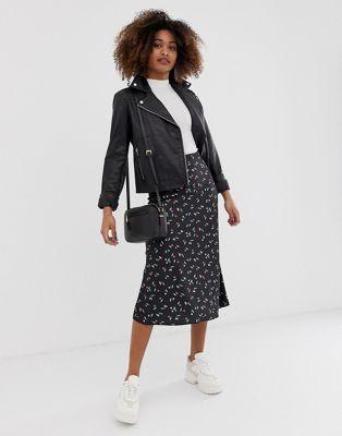 1cc8fc0f46 DESIGN bias cut satin slip midi skirt in cherry print in 2019 | Epic ...