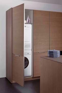 Küchen Porta porta escamoteável deixa discretas lavadoura e secadora de roupas
