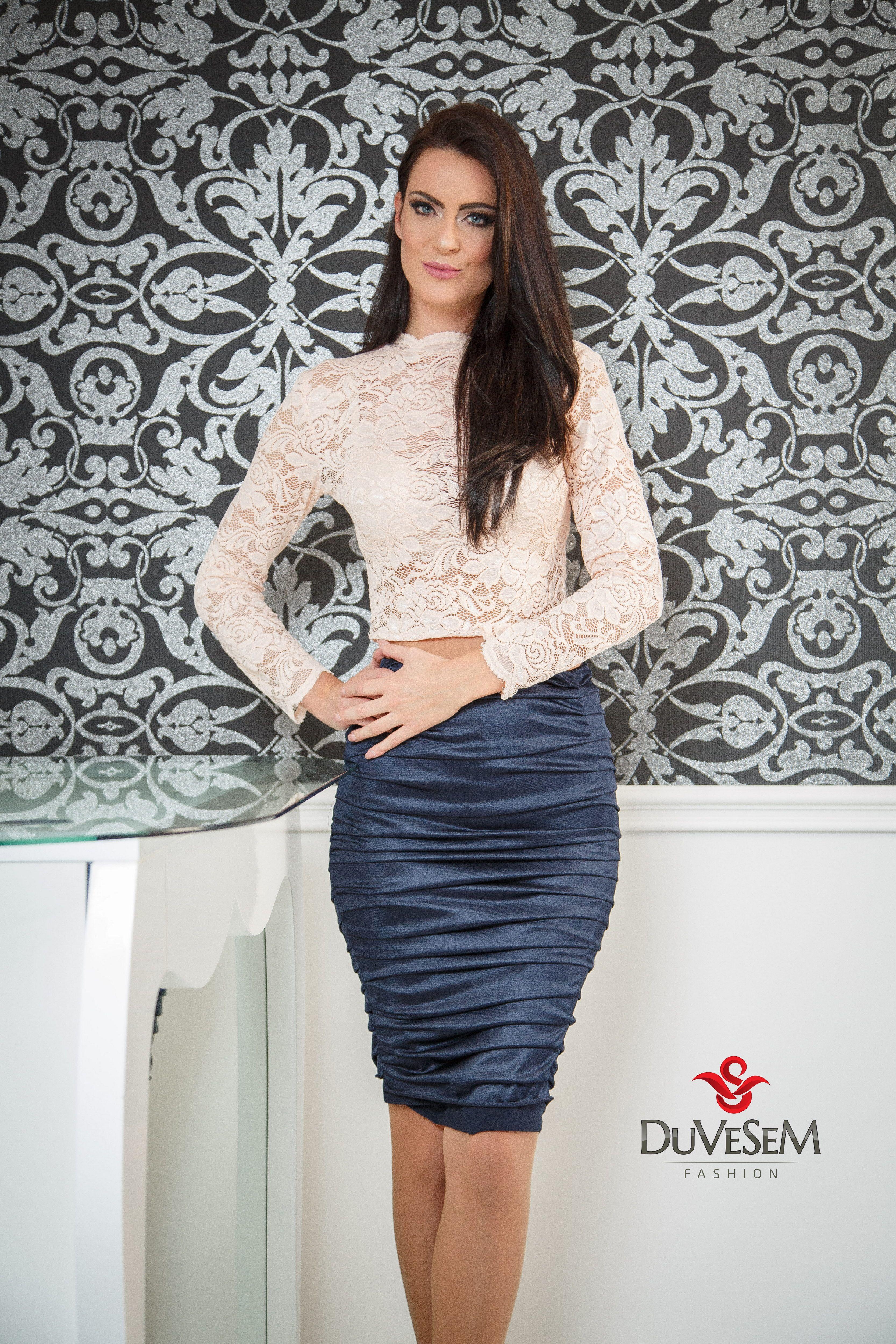 Pin On Luksuzne Svecane Haljine Duvesem Fashion Novi Sad