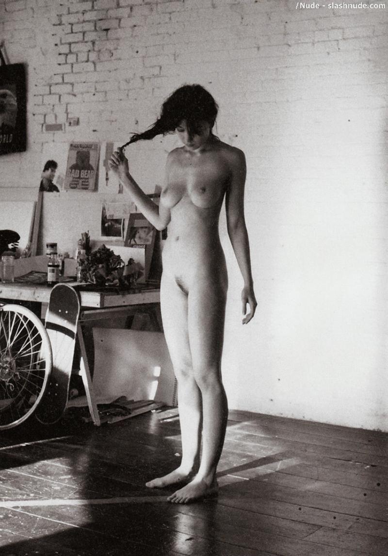 Daisy Lowe Nude Paradis 104
