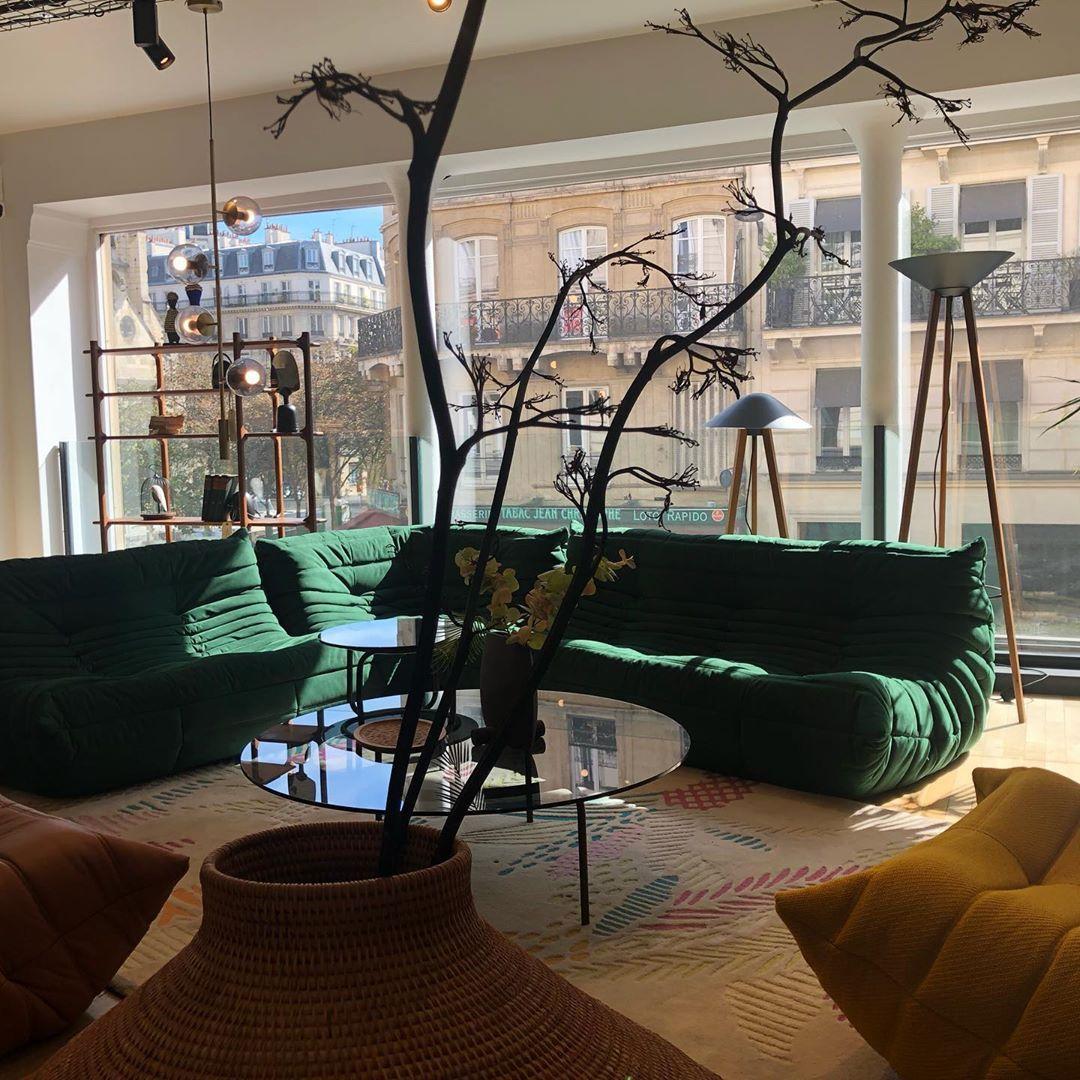 Lbs Paris On Instagram Nouvelle Ambiance Chez Ligne Roset 68 Rue Reaumur 75003paris Ligneros Modern Family Rooms Living Room Designs Living Room Inspiration