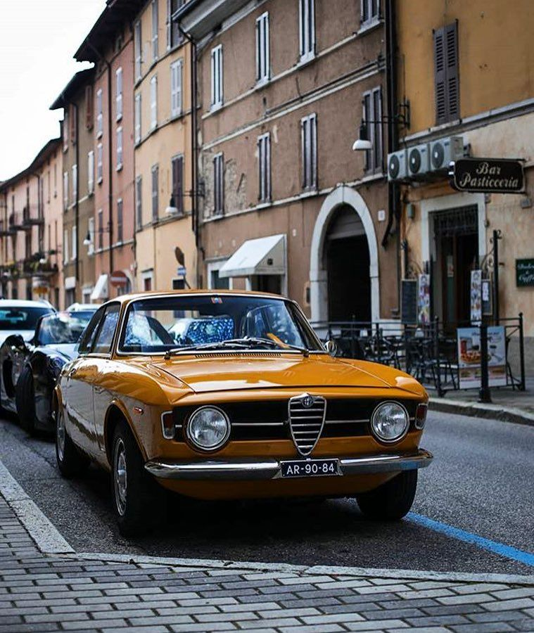 Alfa Romeo Giulia GT Blech