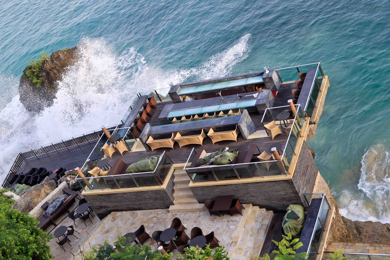 Rock Bar Ayana Resort 10 Tempat Wisata Di Bali Yang Wajib