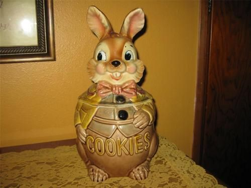 Adorable Vintage Easter Bunny Rabbit Cookie Jar