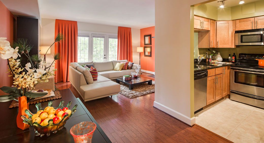 Gallery Vaughan Place Washington Dc Love The Orange Wall Color And Complimentary Accent Color Three Bedroom House Apartments For Rent Finding Apartments
